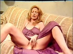MILF Old-school Wank Off Encouragement - JOE