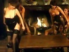 Name of italian brunette? Sodoma piaceri proibiti