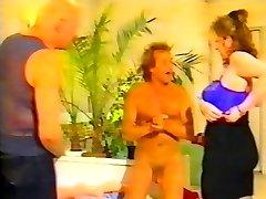 בובת סקס מגמה מוזרה בציר ה-80