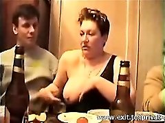 Jizzing in mouth Big-titted Swinger Sonja