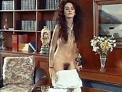 ANTMUSIC - antique 80's skinny hairy de-robe dance