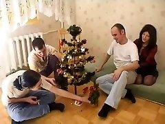 成熟したOrgyクリスマスの時間ます。