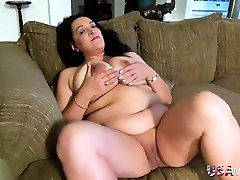 USAwives Busty Chubby Mature Solo Onanism