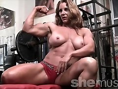 Sexy Red Headed Damsel Bodybuilder Muscle