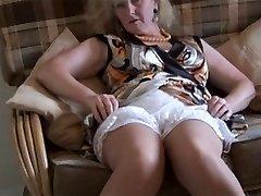 Granny upskirt & stocking