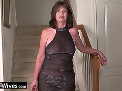 USAWives mature lady Jade solo onanism