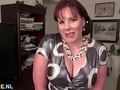 Thick titted mature brown-haired using a massive dildo