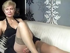 nasty_momy dilettante record 07/06/15 on 09:00 from MyFreecams