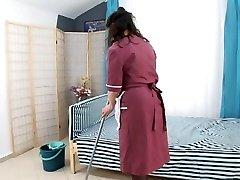 boy penetrate hairy mature maid