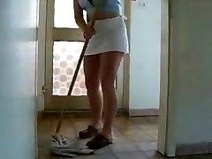 mom cleaning TTT