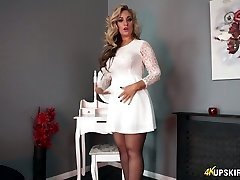 Glamorous blonde mommy Kellie O Brian flashes what she got under her microskirt