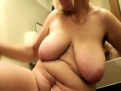 Blonde Mature Screwed In A Public Mall Wc