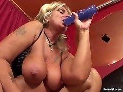 Grannie having anal sex with pummeling machine