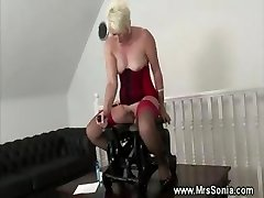 Mature lady inserted by pulverizing machine