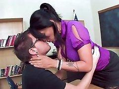 Super-hot Mature Teacher Seduce Her Student