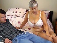 Elder Love Old chick Savana fucked by student Sam Bourne