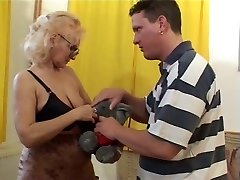 Granny in Glasses and Stockings Fellates and Smashes