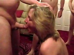 Cumslut wifey sucks a lot of fellows