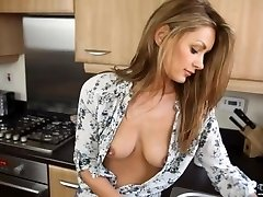 Downblouse Cougar Washing the Dishes