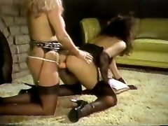 Linda Shaw and Maria Tortuga boink with a Cable On