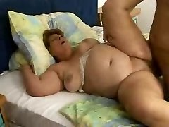 Big Lady Hetty Fat Grandmother Plumbed Good