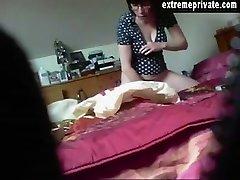 スパイカメラmilf Annouk toying彼女の滑り
