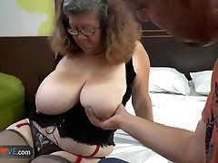 AGEDLOVE - Brazilian grandma Brenda seducing water supplier