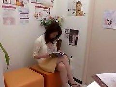 暑い日本の少女幻園田理化桃井は、Meisa黒ファン待望のシリーズCunnilingusは、巨乳JAVシーン