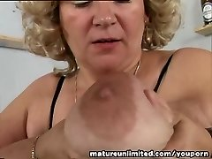 Hooters and pussy mature solo