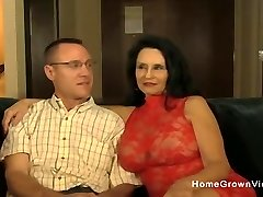 Hot amateur mature sucking and fucking a younger boy