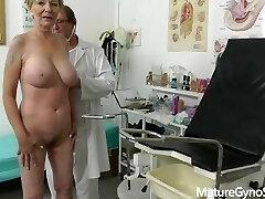 偽医師密かに記録gyno試験の良い探して老婆と巨乳