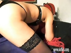 Amateur wife fisted in her loose snatch