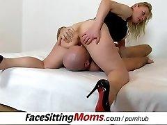 Czech housewife Gabina vulva licking and facesitting ftv