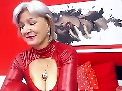 Busty Grannie Linda 50 years Webcam Solo
