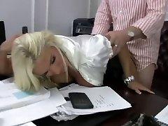 Blonde Slut Mummy Fucks her Boss