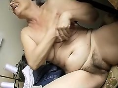 Horny Elderly chubby Granny Fapping with dildo