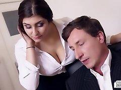 Donks BUERO - Busty German secretary fucks boss at the office