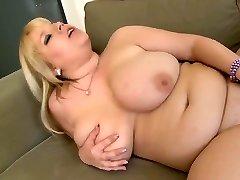 Round Blonde Masturbating