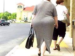 BBW In Sundress MASSIVE Butt