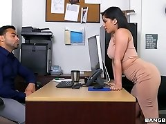 Delicious bootylicious babe Kitty Caprice pounded brutally in a doggy position