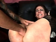Submissive Chick Gets Anal From Rough Stud