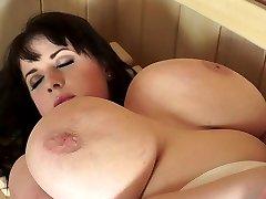 Pretty BBW Likes Sauna Intercourse