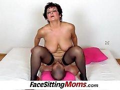 Big boobs damsel Greta old youthfull facesitting and pussy eating