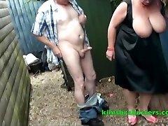 Plamę w ogrodzie babci Kim