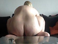 Warm ash-blonde bbw amateur poked on cam. Sexysandy92 i met via DATES25.COM