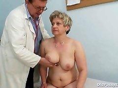 Mature big pussy Ruzena gynecology speculum bizzare clinic exam
