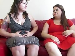 Licking 2 Girls Shit