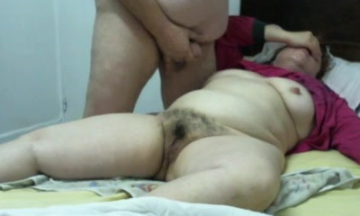 Overweight older pair honeypot touching and spunk fountain