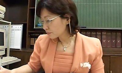 Principal Woman
