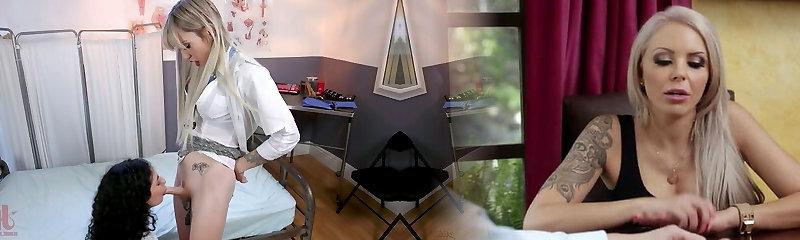 Der tätowierte Ladyboy Lena Kelly nimmt es in ihren Transen-Hintern